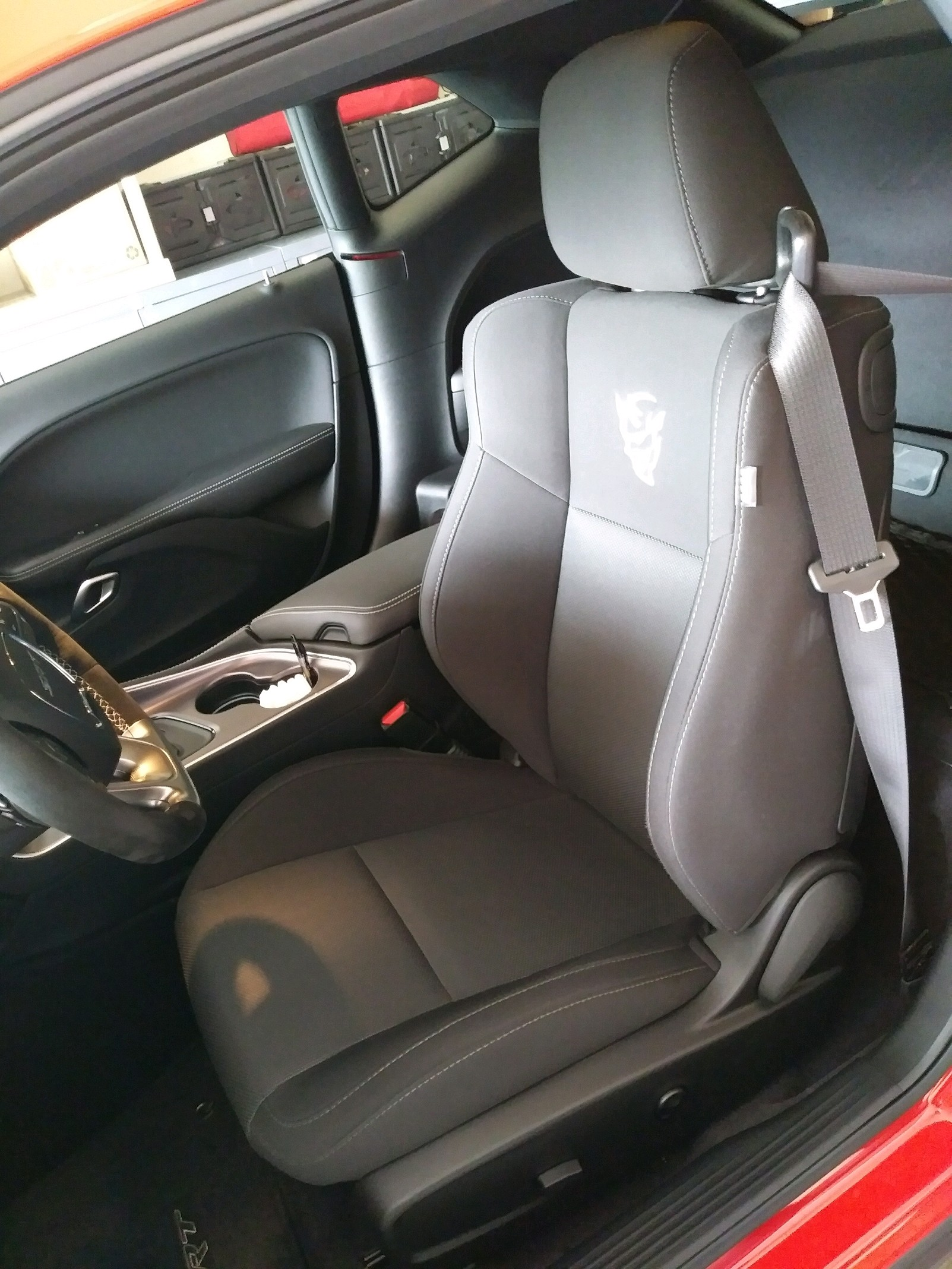 Any Good Pictures Of Cloth Seats Srt Hellcat Forum