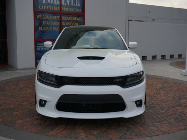 2015-charger-srt-white.jpg