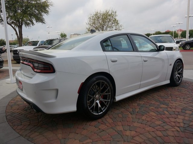 2015-white-charger-srt392.jpeg