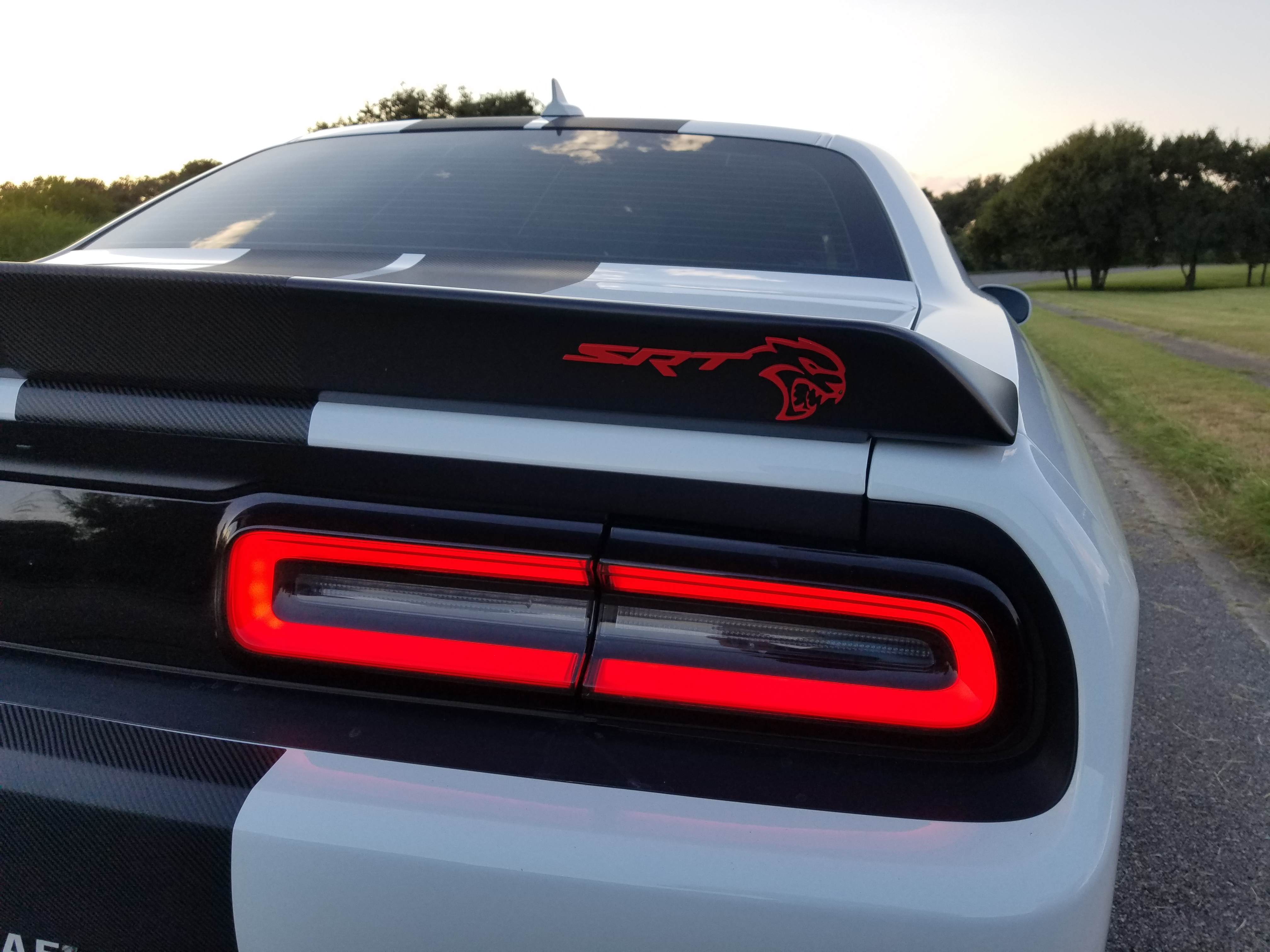 new 2017 oem hellcat badges are they out yet srt hellcat forum. Black Bedroom Furniture Sets. Home Design Ideas
