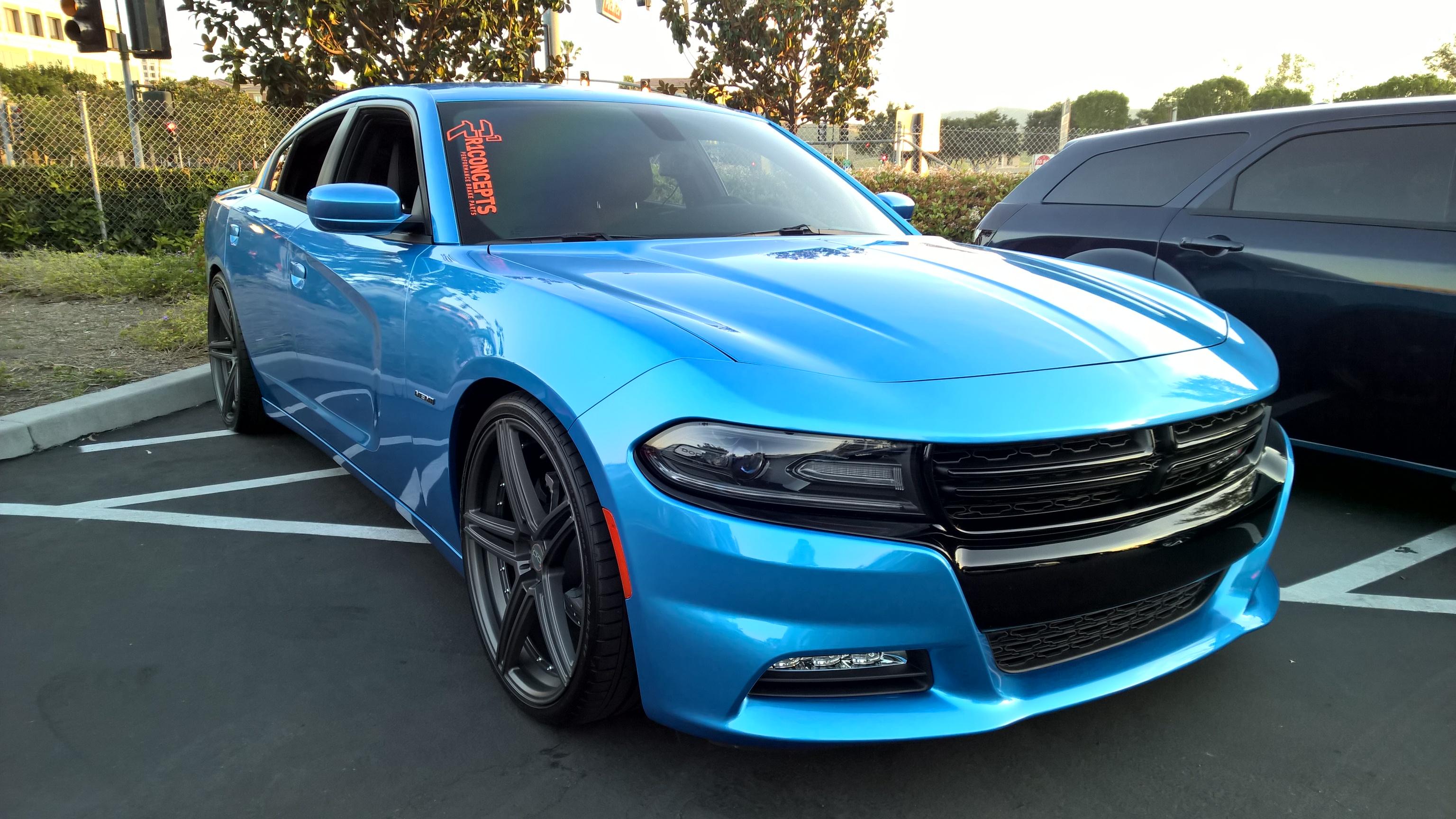 b5 blue charger.jpg