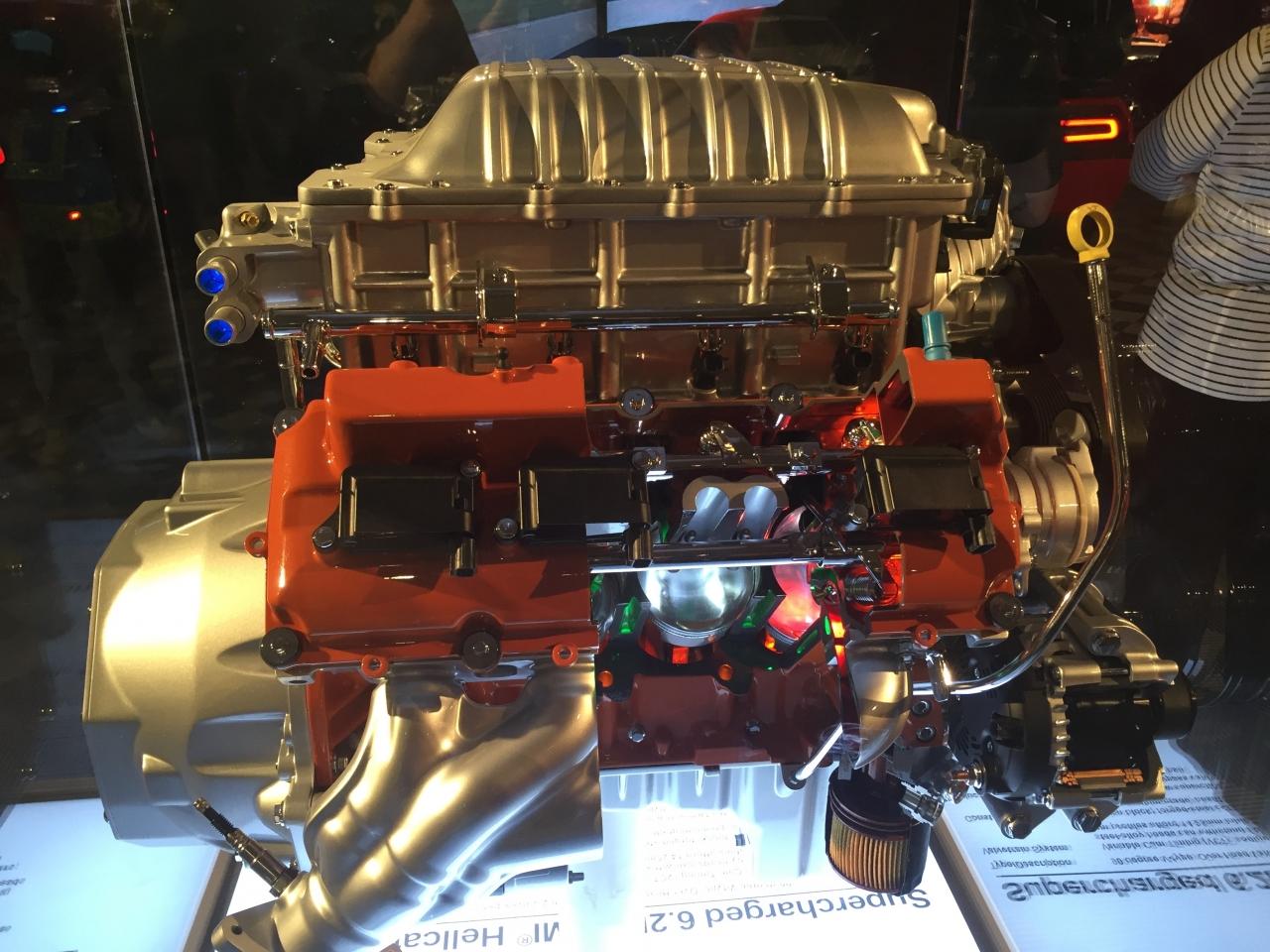ENGINE CUTAWAY1.jpg