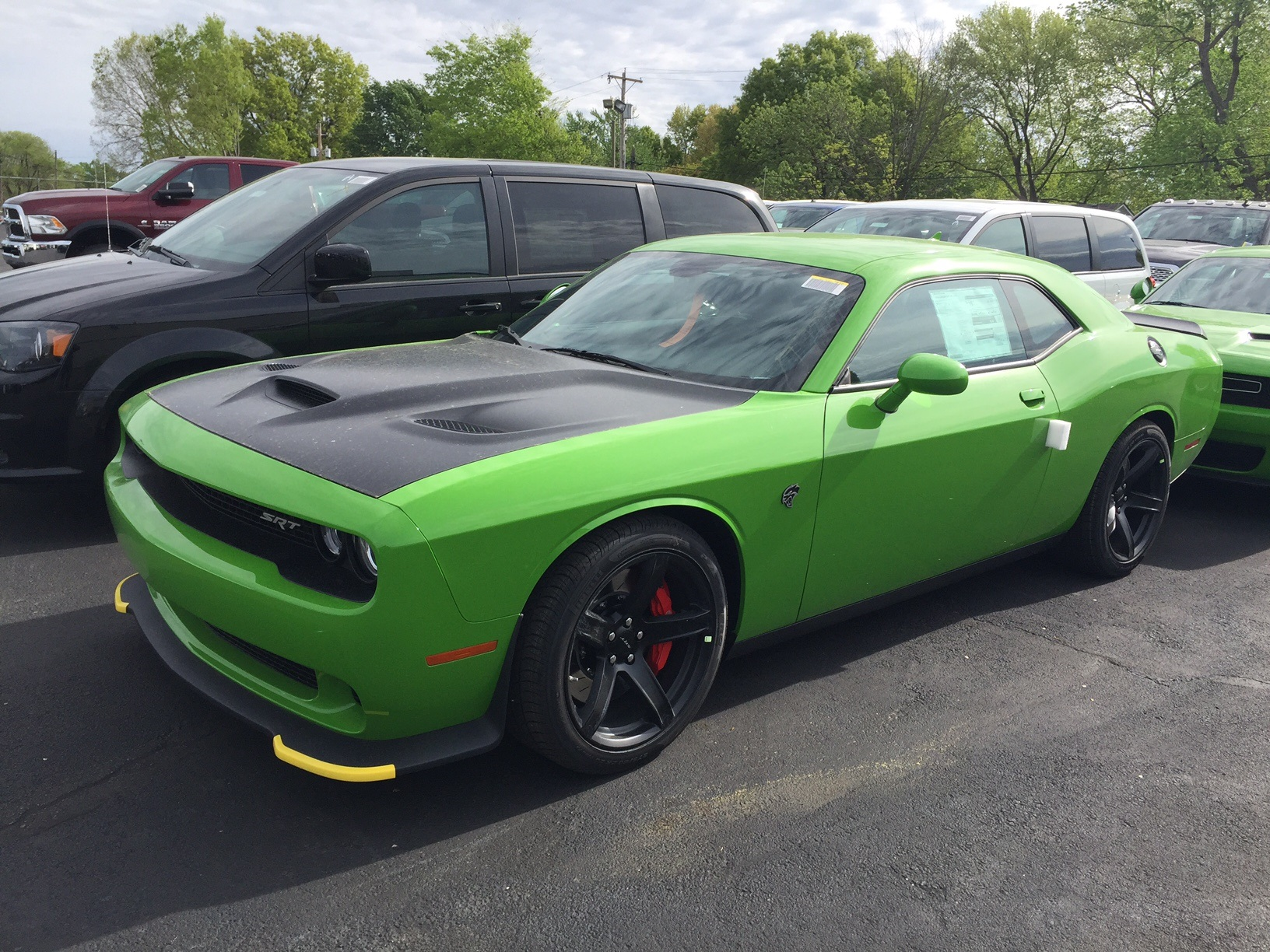 Go Green HC Challenger available | SRT Hellcat Forum