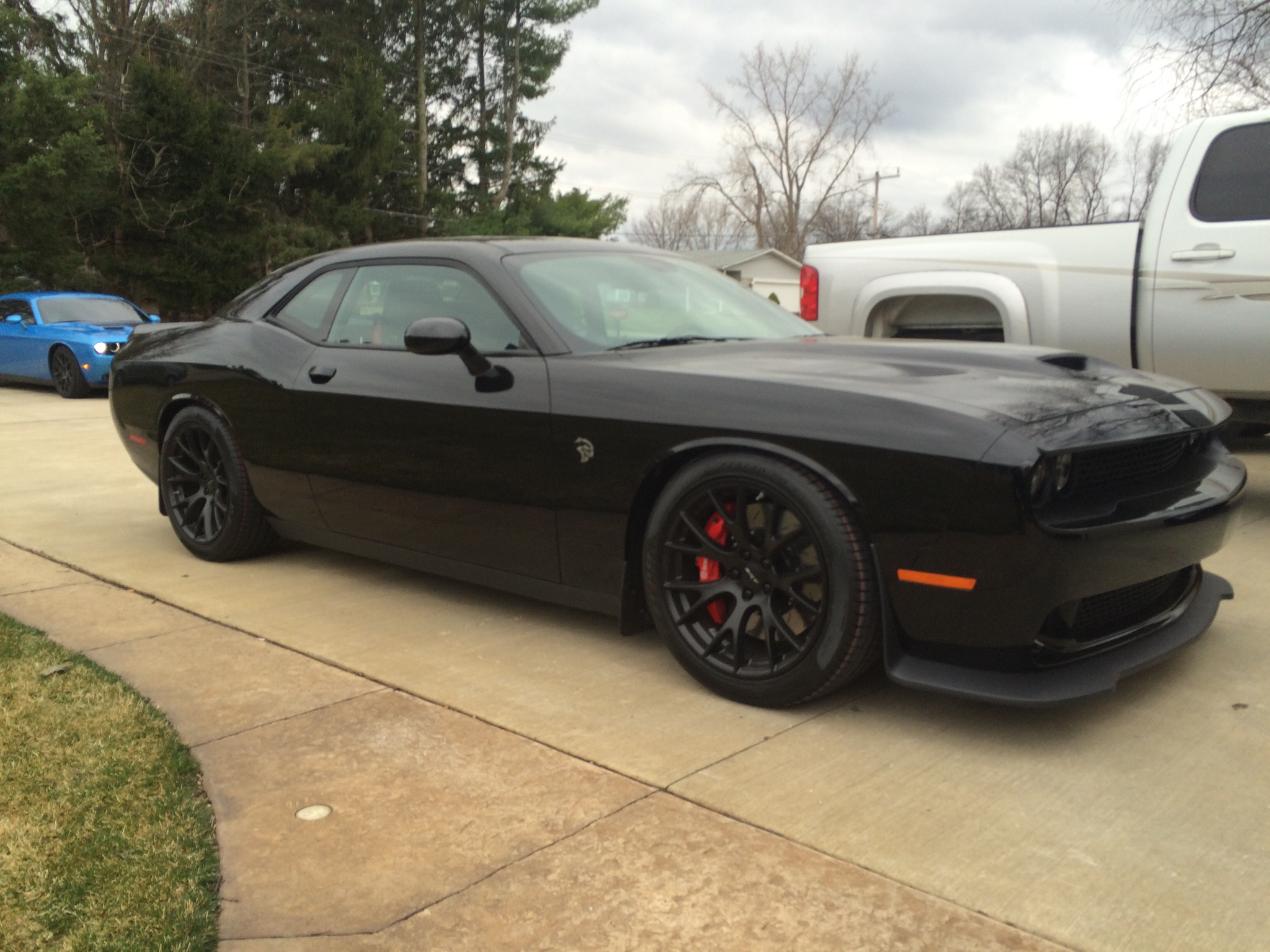 hellcat lowered.jpg
