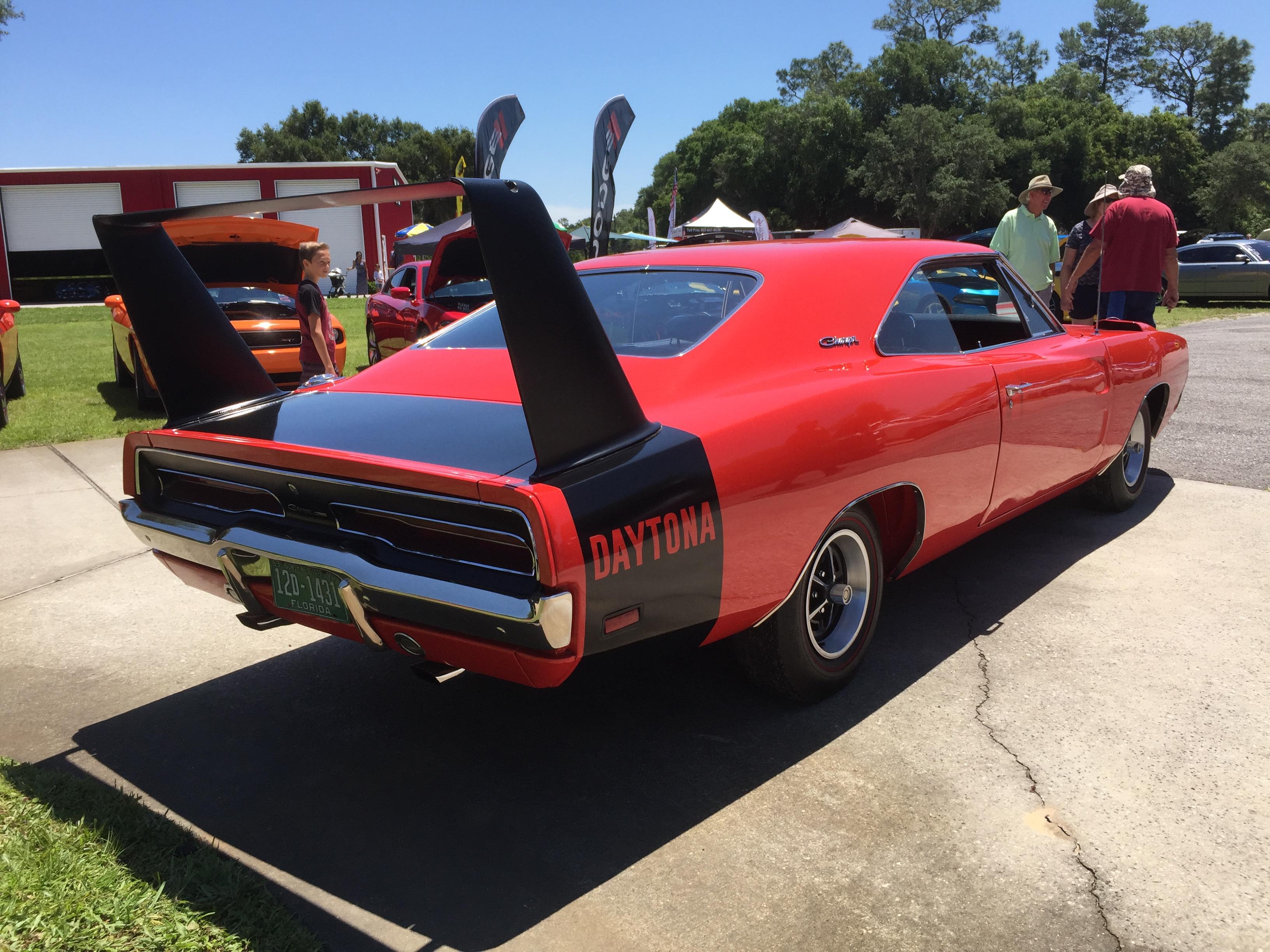 Mopar Only Car Show Central FL Horrsepower Ranch SRT Hellcat Forum - Where is the car show today