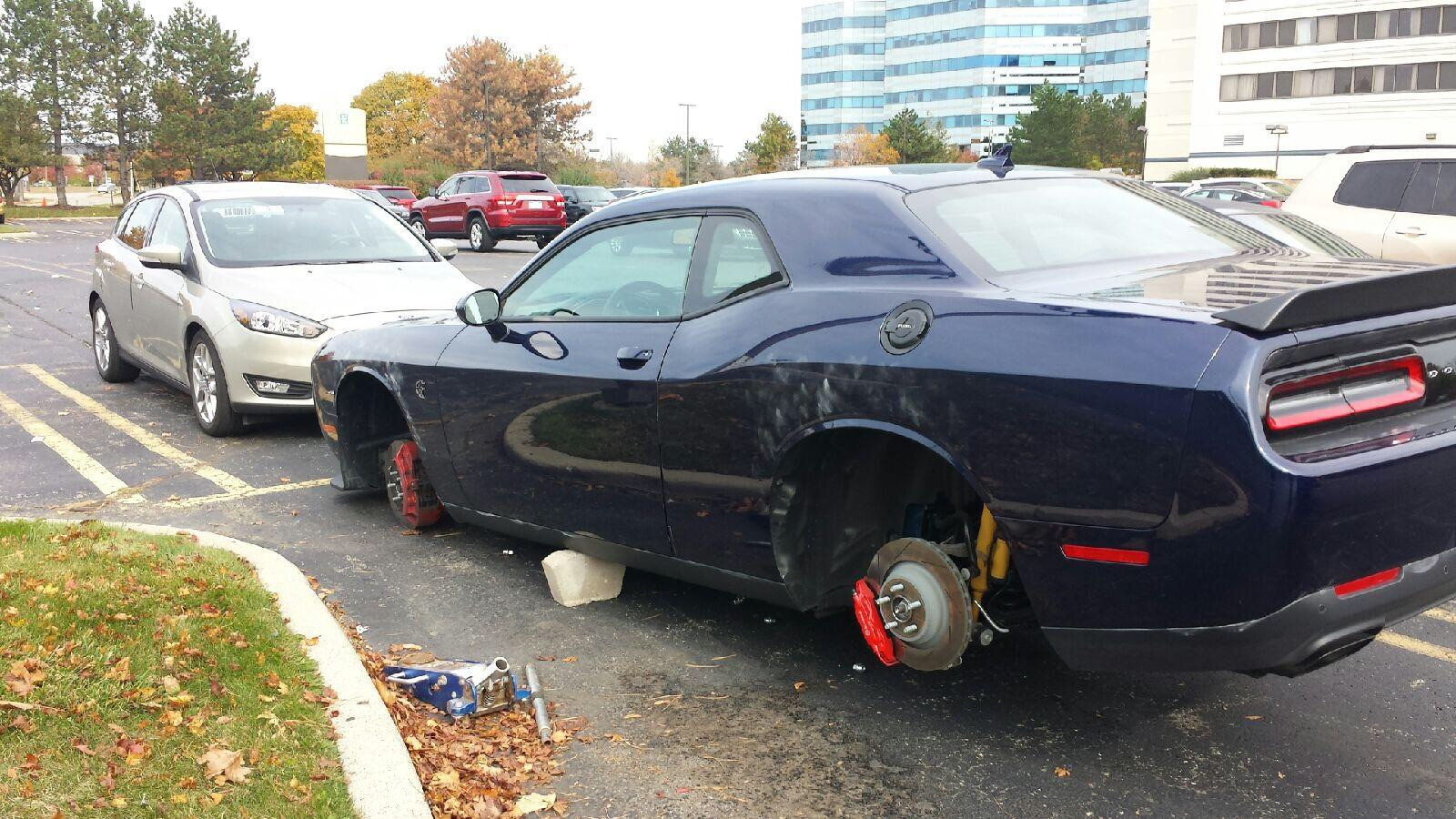 Lots Of Missing Hellcat Srt Wheels Off New Cars Page 2