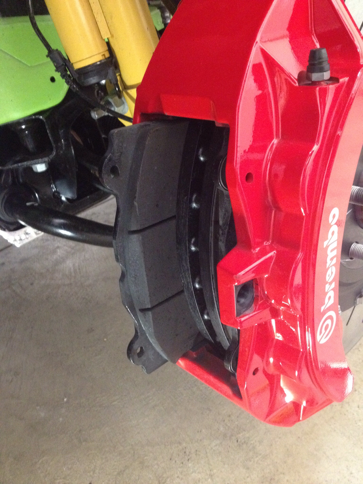 Low Dust Brake Pad Install Srt Hellcat Forum When To Change Pads Image