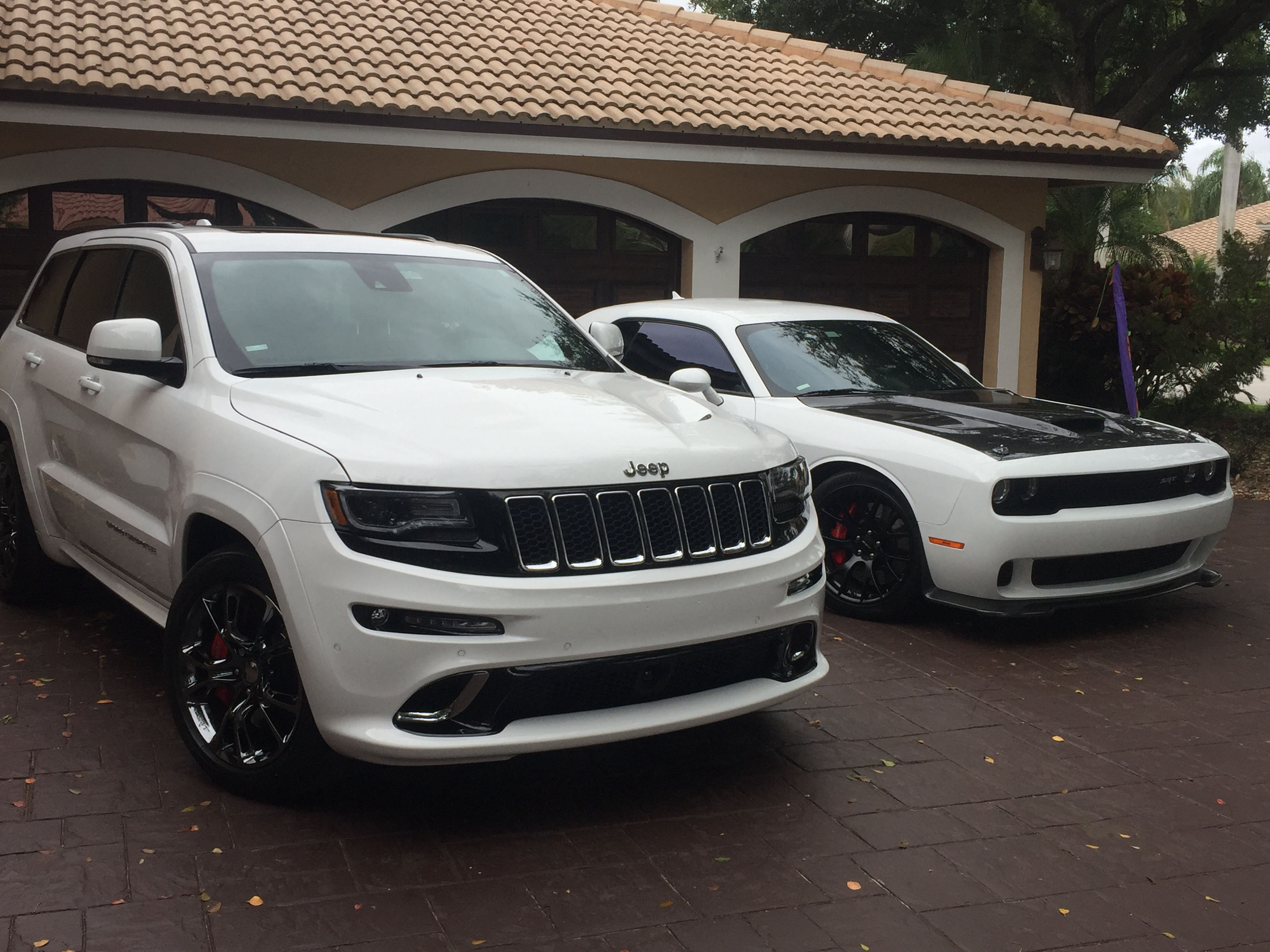 Just bought new 2017 SRT Jeep Page 2