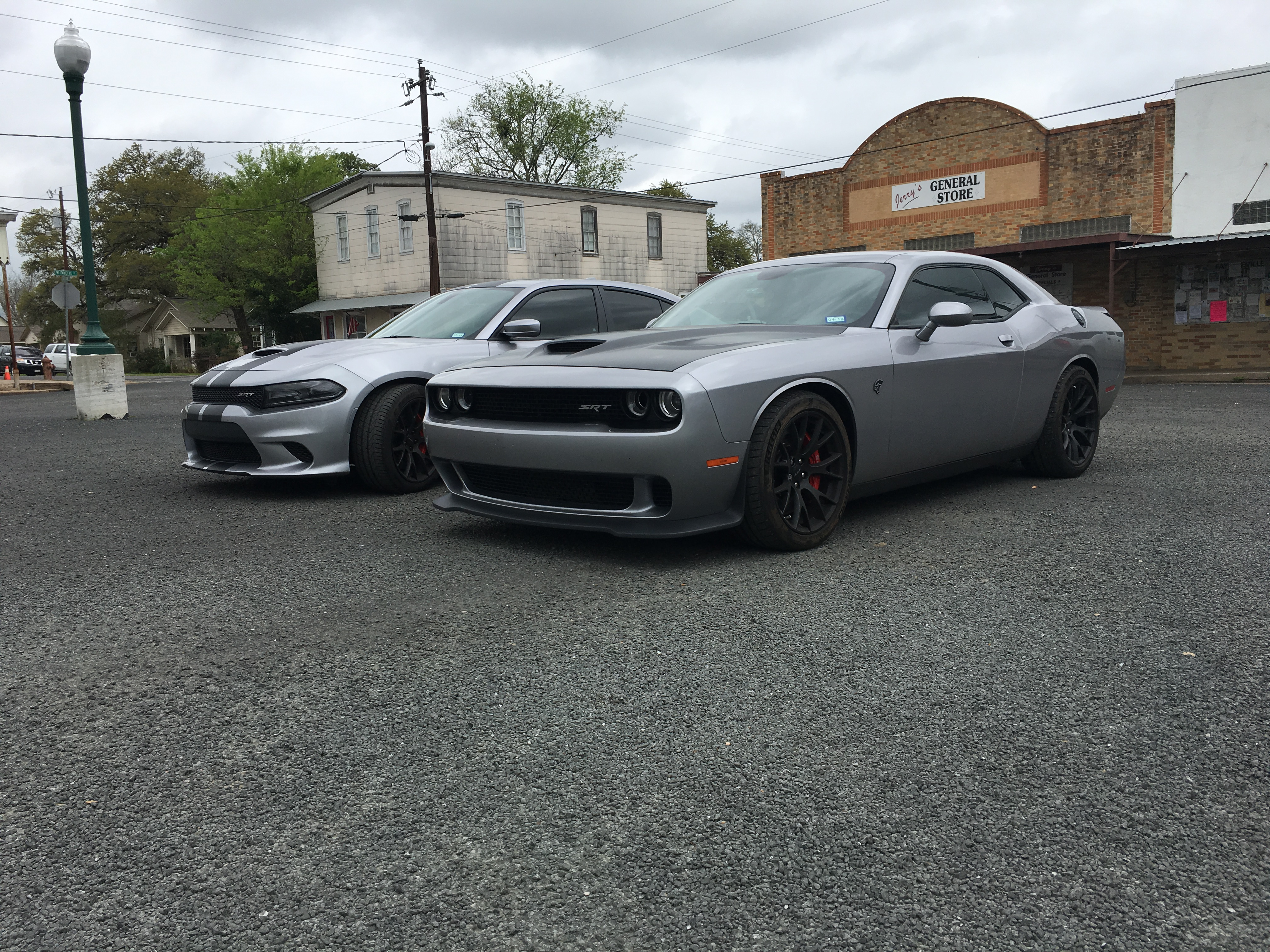 Charger vs Challenger