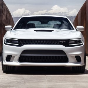 2015-dodge-charger-hellcat-white